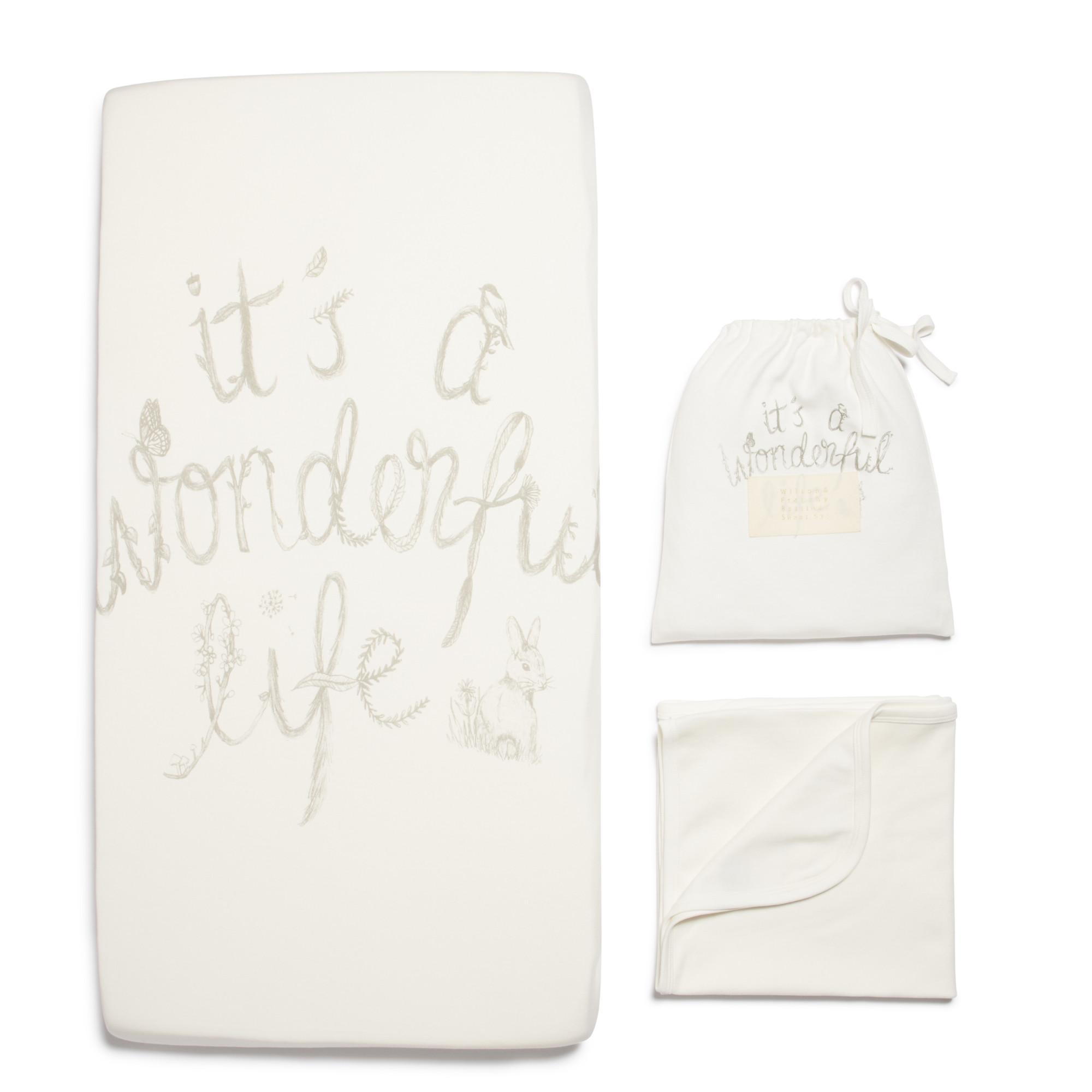 UWF133_Bassinet_sheet_set_Wonderful_Life